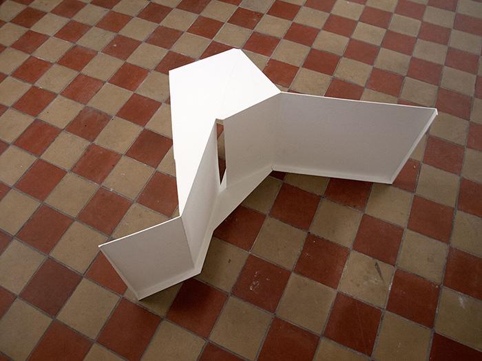 the model<BR>paper board, paint, ca. 82x78x40cm